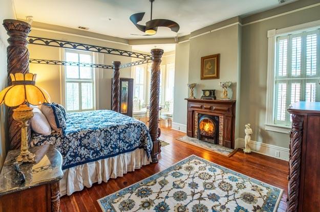 Forsythe Room