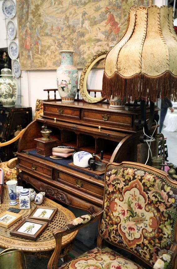 Savannah Antiques Stores